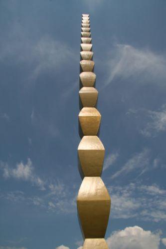 Brancusi-romania -coloana infinitului