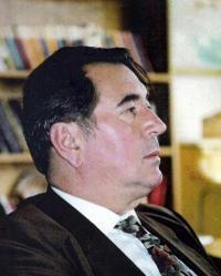 Scriitorul si artistul plastic Cristian Petru Balan din SUA
